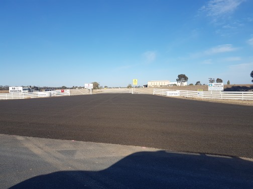 Asphalt Roads & Driveways, Bitumen Roads Newcastle, Bitumen Driveways Newcastle, Singleton, Dubbo, Goulburn, Sydney, Hunter Valley